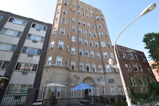 5860 N Kenmore Avenue -514 Chicago, IL 60660