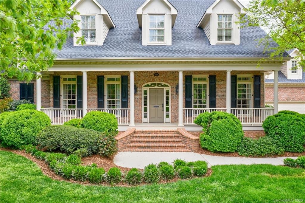 709 HUNGERFORD PLACE, CHARLOTTE, NC 28207
