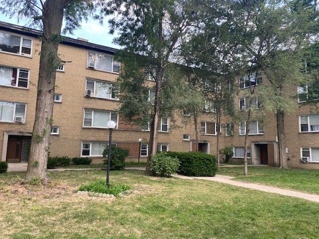 6135 N Seeley Avenue -3G Chicago, IL 60659