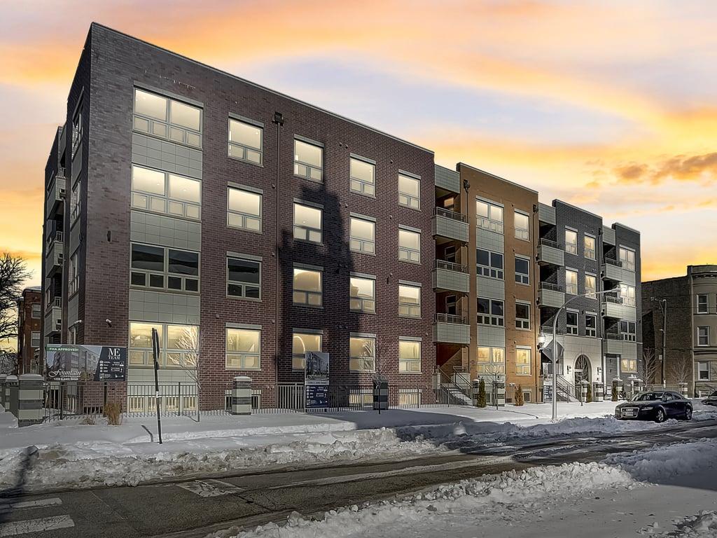 6349 S Woodlawn Avenue -4B Chicago, IL 60637