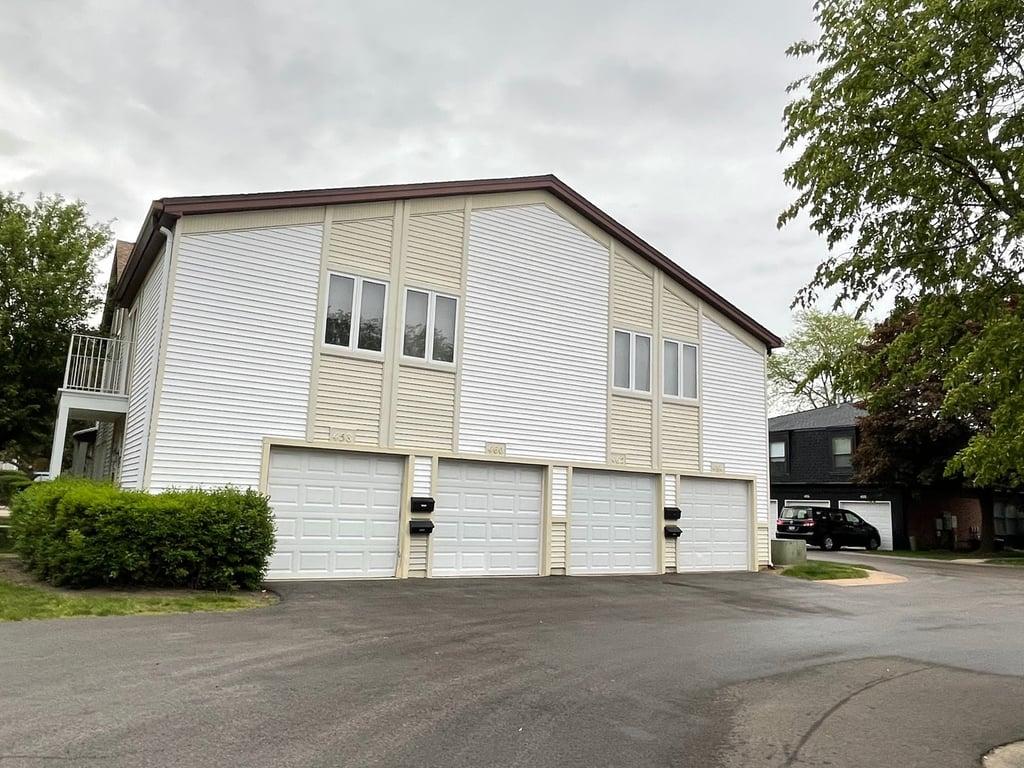 462 Inverrary Lane Deerfield, IL 60015
