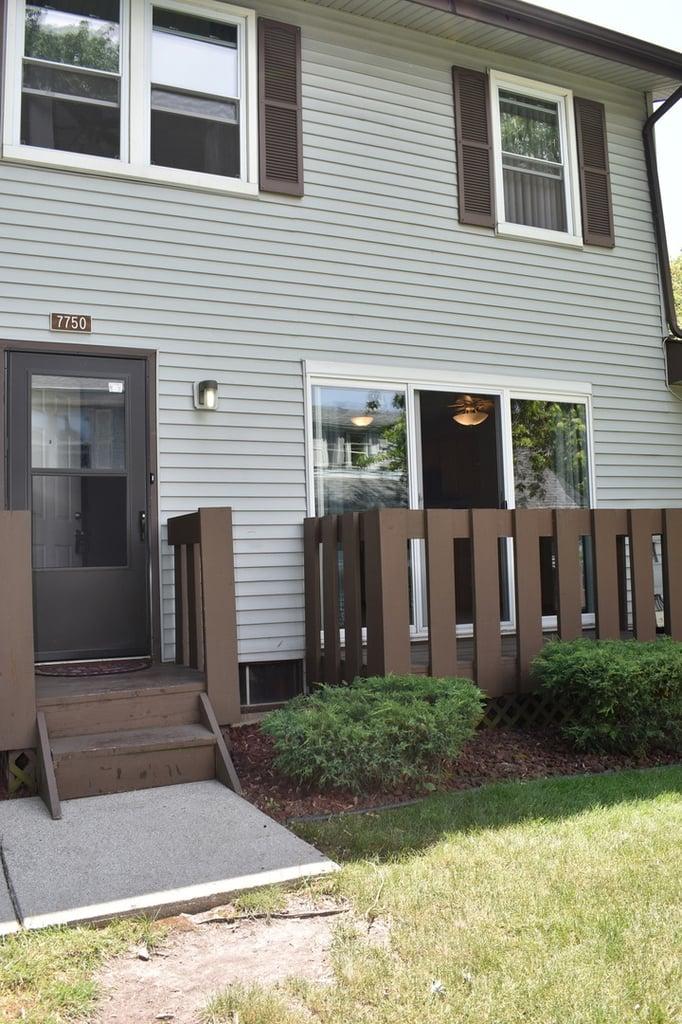 7750 W Garland Court -7750 Frankfort, IL 60423