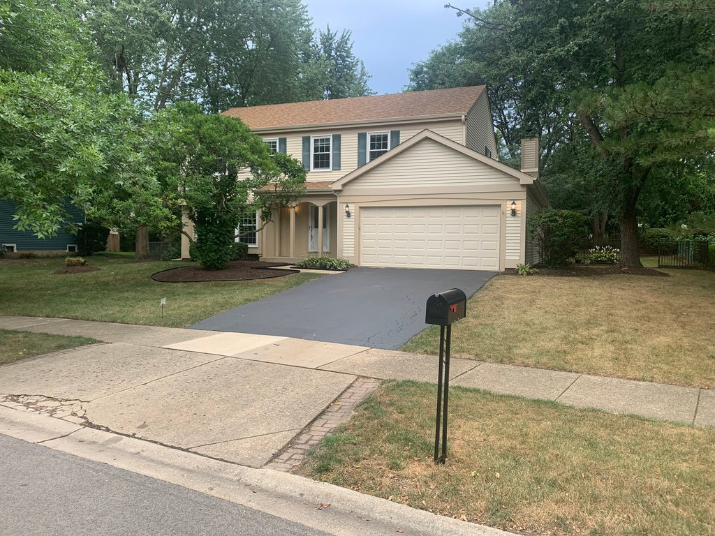 2105 Countryside Circle Naperville, IL 60565