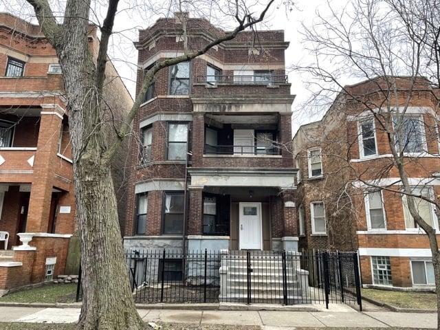 6226 S Champlain Avenue -3 Chicago, IL 60637