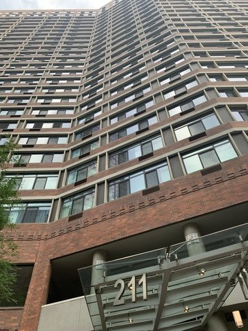 211 E Ohio Street -2308 Chicago, IL 60611