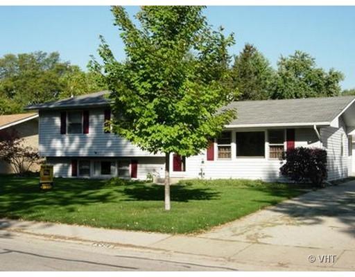 139 Robin Hill Drive Naperville, IL 60540