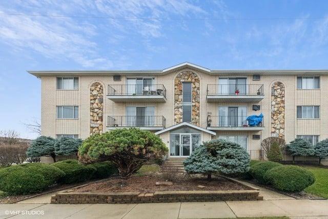 5825 W 103rd Street -3NW Oak Lawn, IL 60453