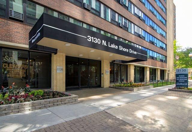 3130 N Lake Shore Drive -808 Chicago, IL 60657