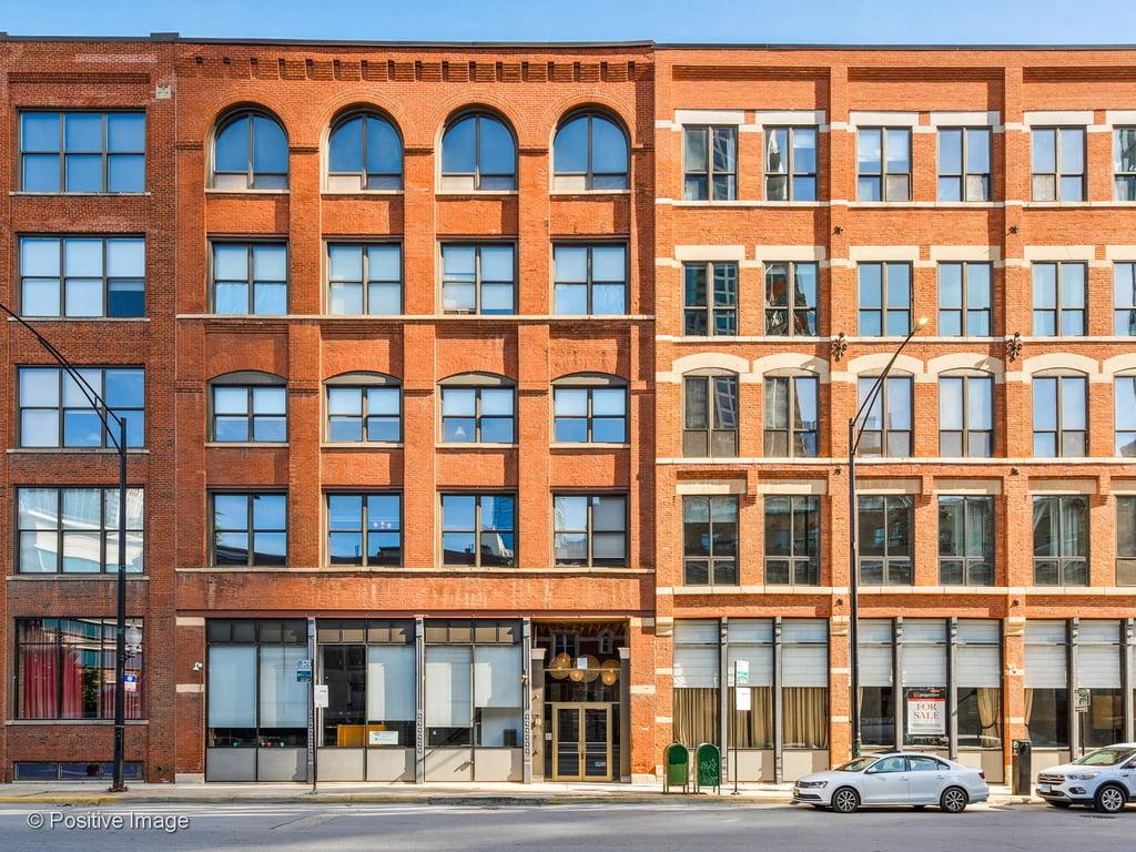 420 W GRAND Avenue -1D2D Chicago, IL 60654