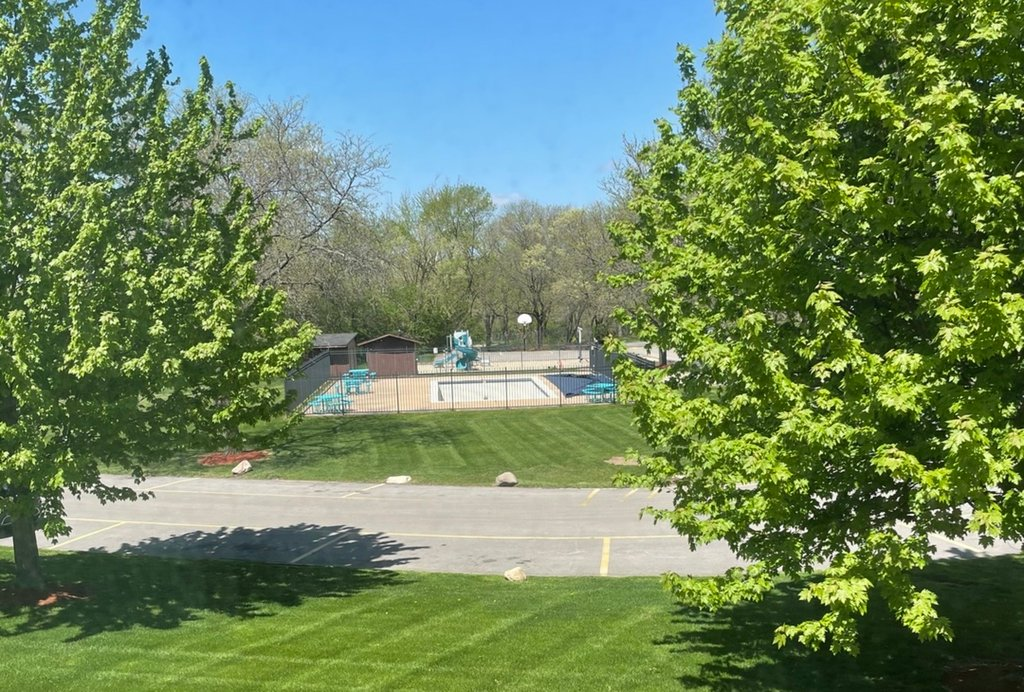 200 Willow Lane,Willow Springs,IL-34146-19