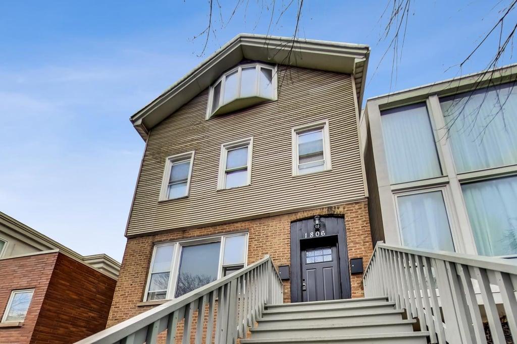 1806 N Paulina Street -1F Chicago, IL 60622