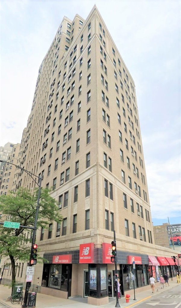 415 W Fullerton Parkway,Chicago,IL-37831-0