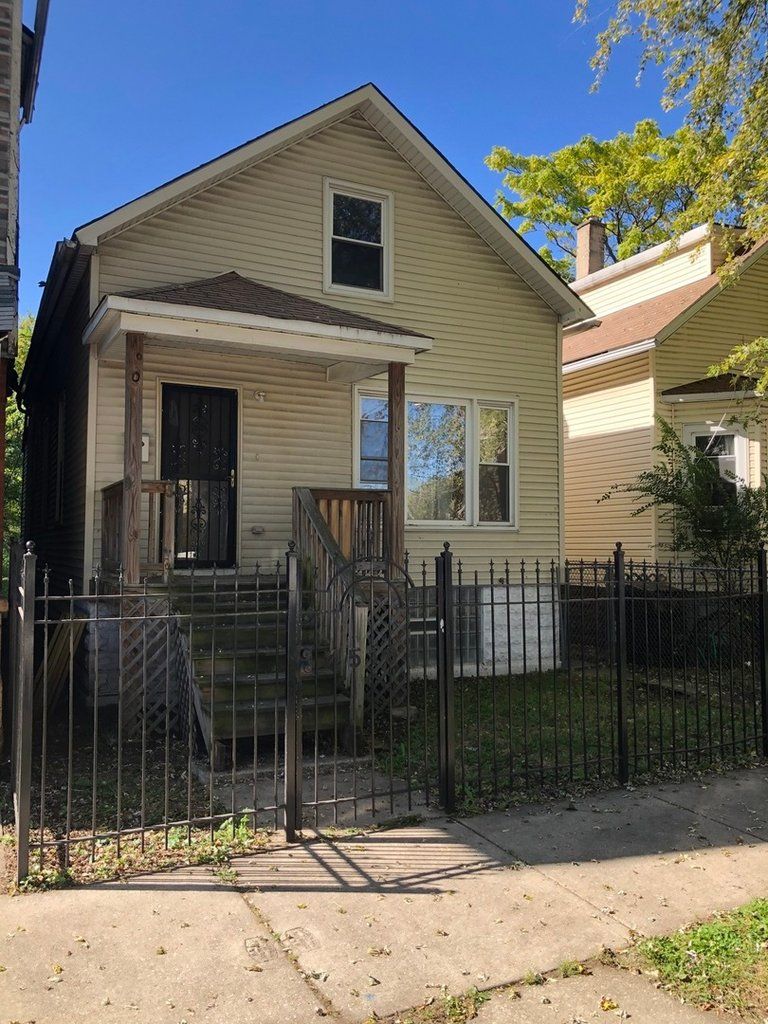 7518 S Ingleside Avenue S Chicago, IL 60619