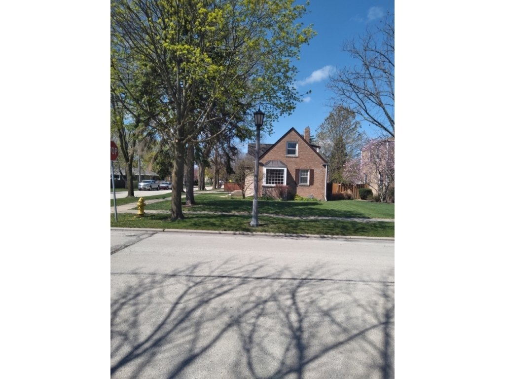 644 S 10th Avenue,La Grange,IL-34648-9