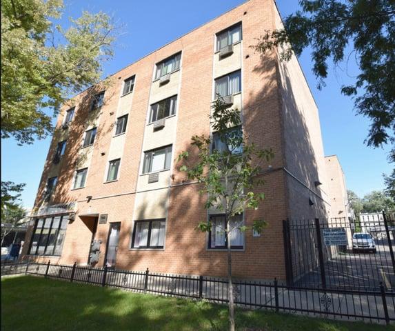 7545 N Winchester Avenue -404 Chicago, IL 60626