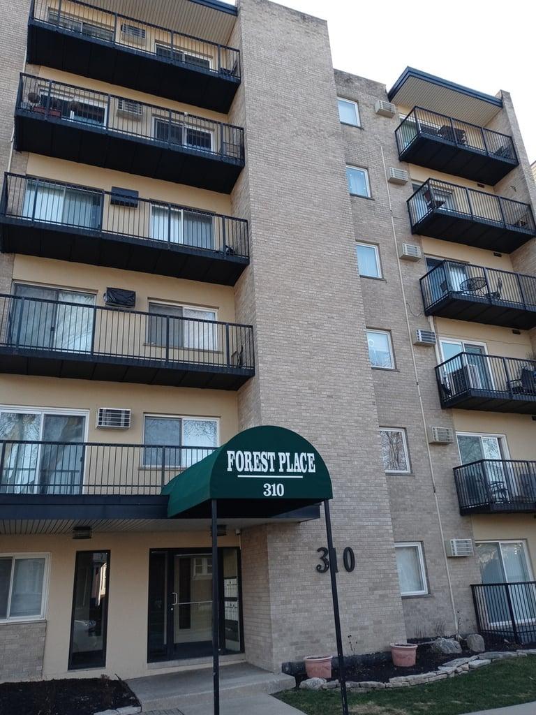 310 Lathrop Avenue -411 Forest Park, IL 60130