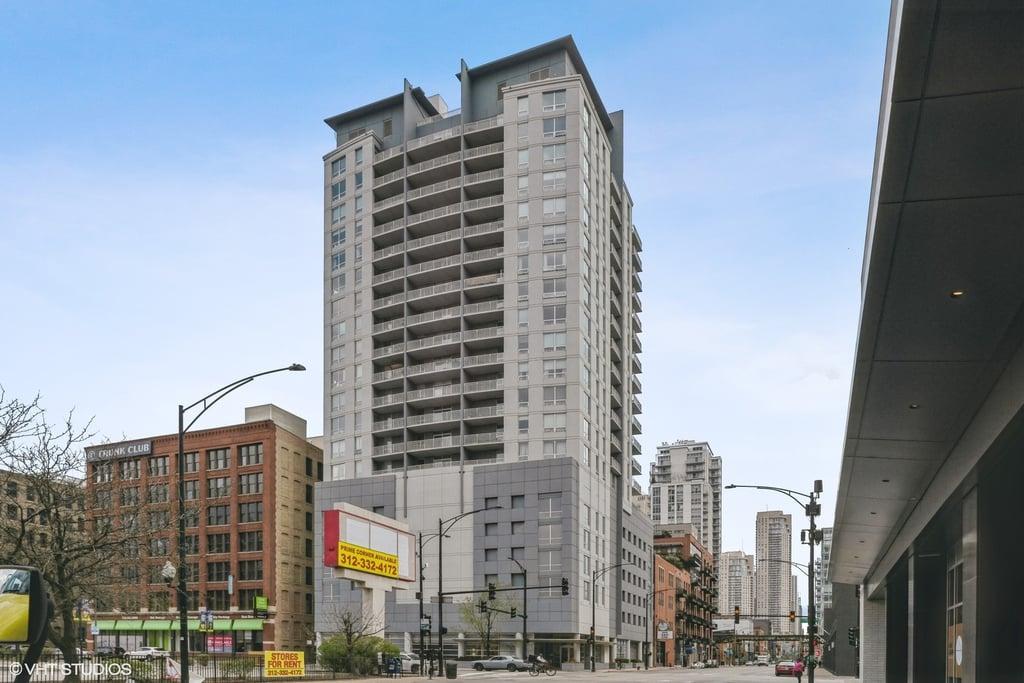 330 W Grand Avenue -1803 Chicago, IL 60654