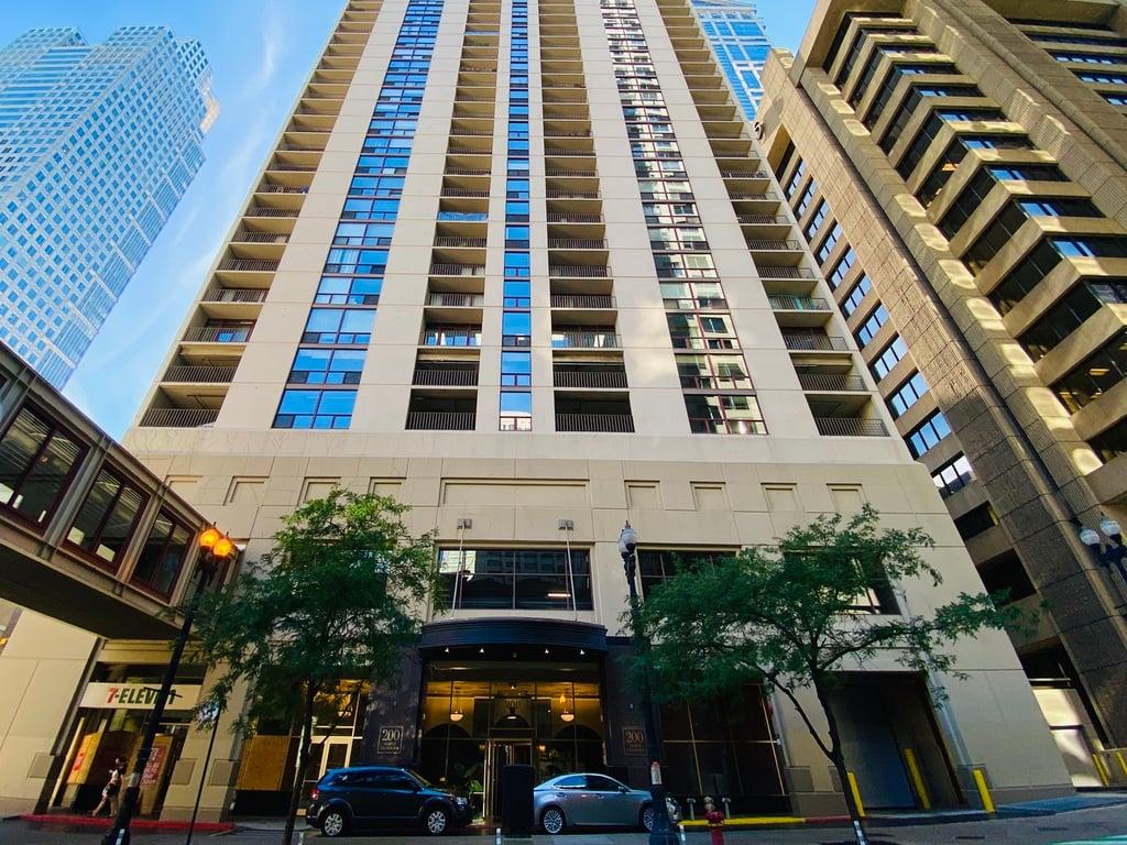 200 N Dearborn Street -2804 Chicago, IL 60601