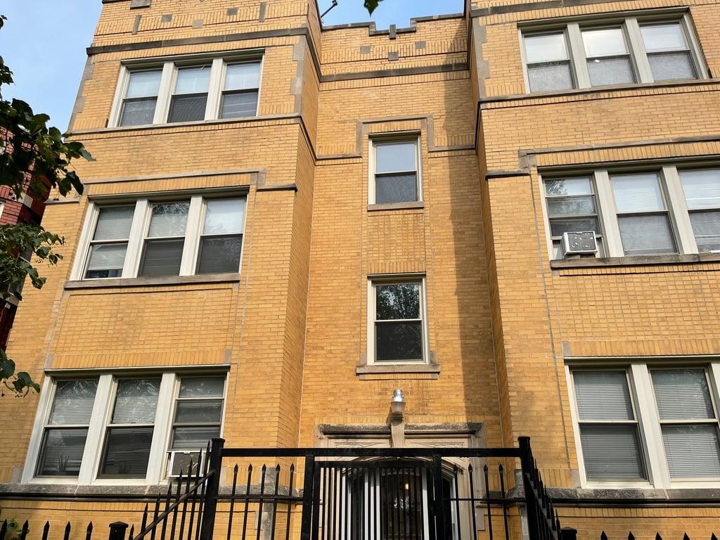 5955 S Sacramento Avenue -3 Chicago, IL 60629