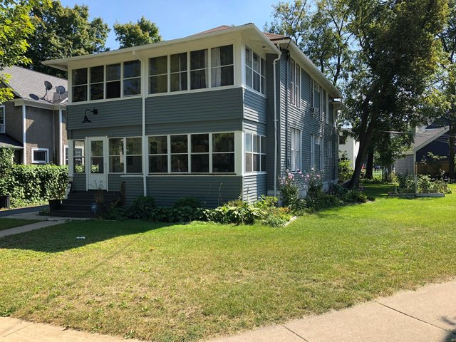 327 W Maple Avenue -327 Libertyville, IL 60048