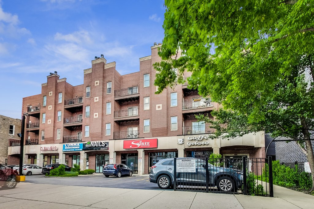 2032 W Division Street -203N Chicago, IL 60622
