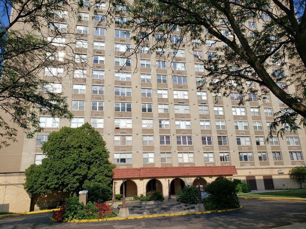 4300 W Ford City Drive W -A609 Chicago, IL 60652