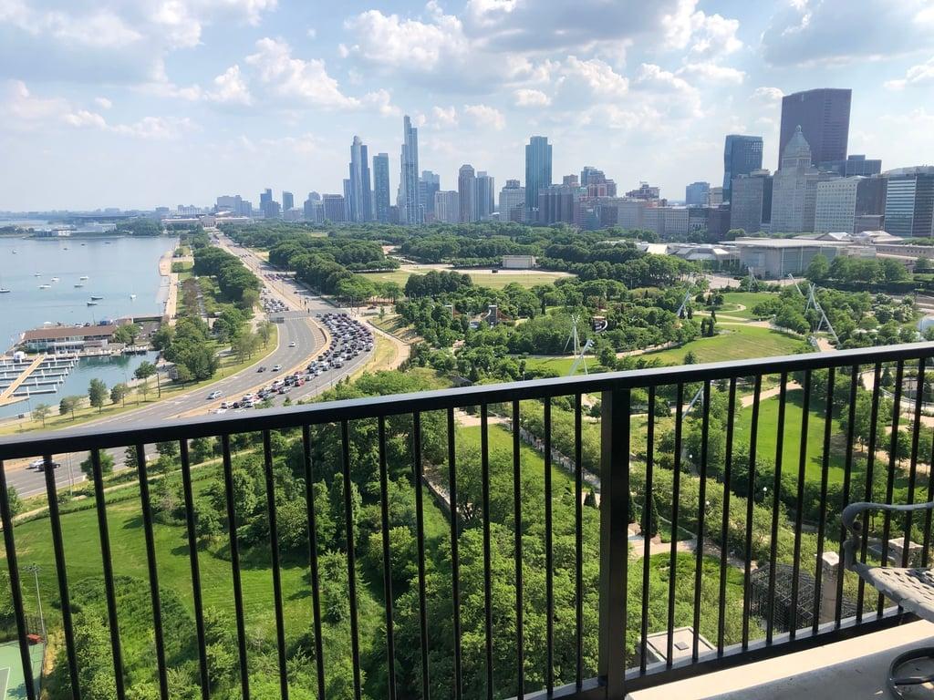 400 E RANDOLPH Street,Chicago,IL-2293-15