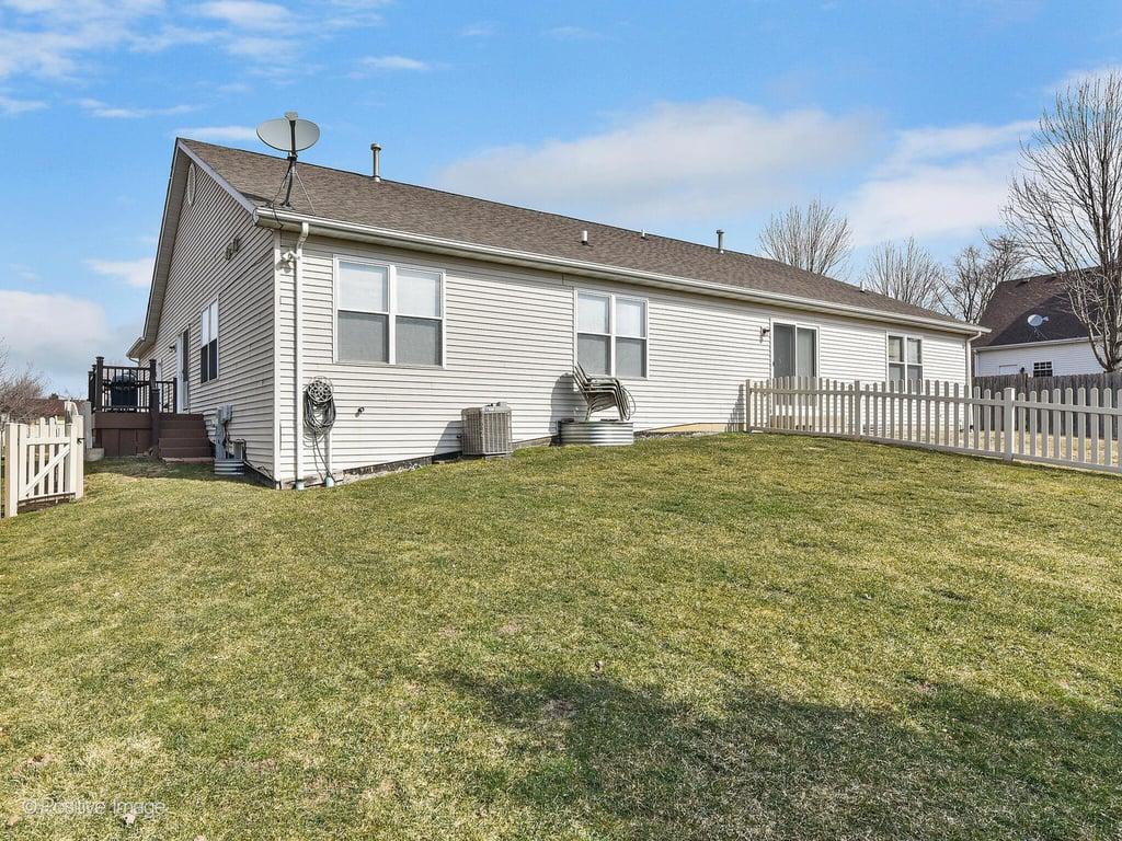 563 MIHELICH Lane,Lockport,IL-24324-19