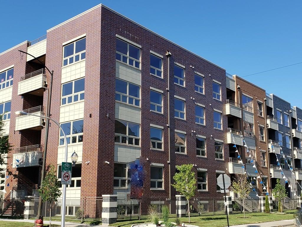 6349 S Woodlawn Avenue -4E Chicago, IL 60637