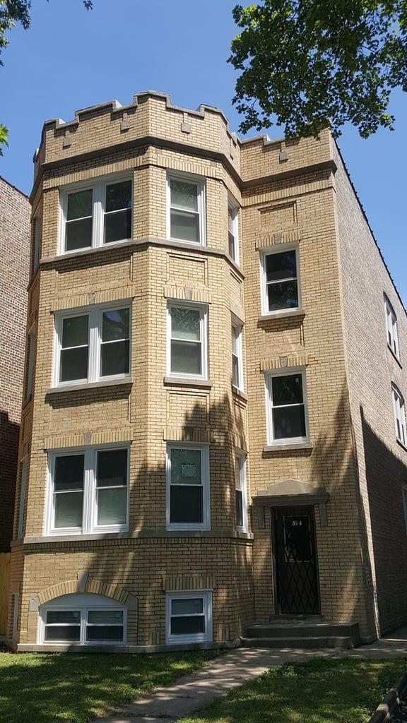 6317 N Washtenaw Avenue -1 Chicago, IL 60659