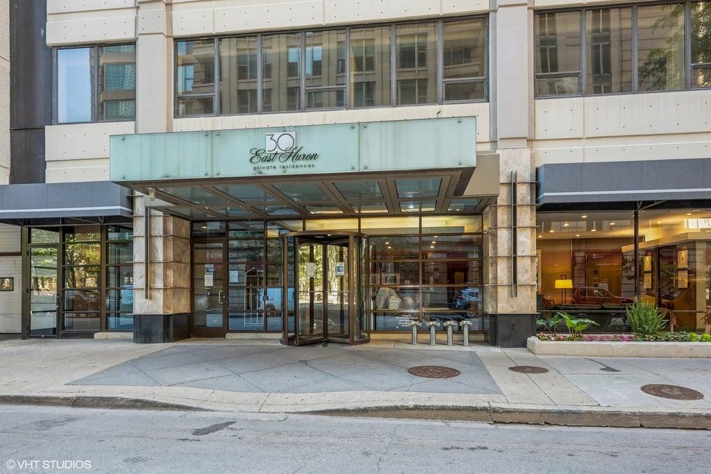 30 E Huron Street -1703 Chicago, IL 60611