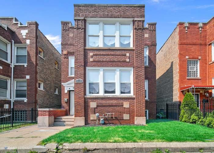 8118 S Loomis Boulevard -2 Chicago, IL 60620