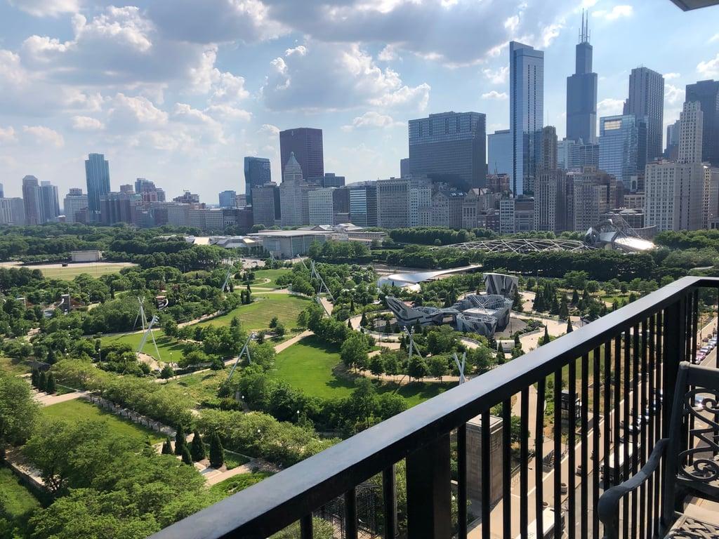 400 E RANDOLPH Street,Chicago,IL-2293-13
