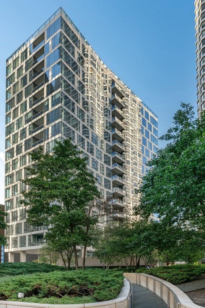 403 N Wabash Avenue -11B Chicago, IL 60611