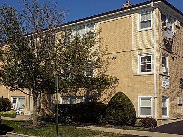 7321 W Fullerton Avenue -4 Elmwood Park, IL 60707