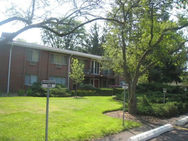 1156 Osterman Avenue -B Deerfield, IL 60015
