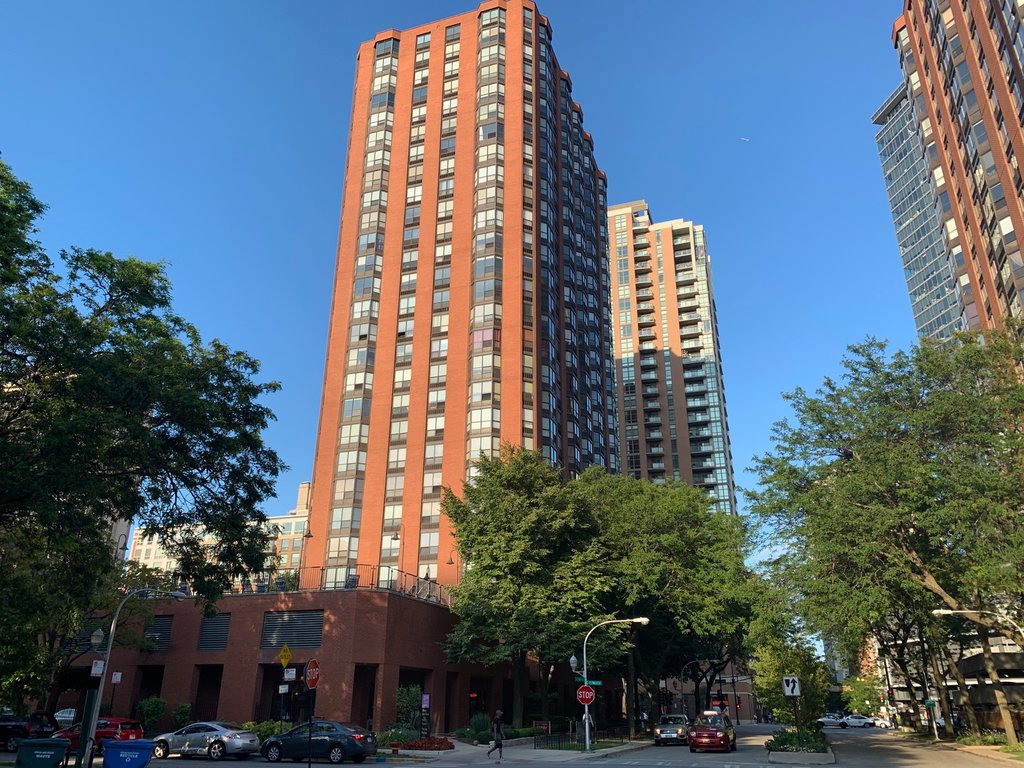 899 S PLYMOUTH Court -708 Chicago, IL 60605