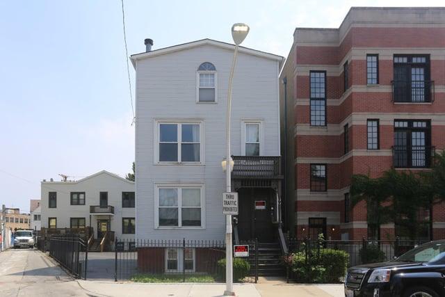 1115 W Patterson Avenue -1F Chicago, IL 60613