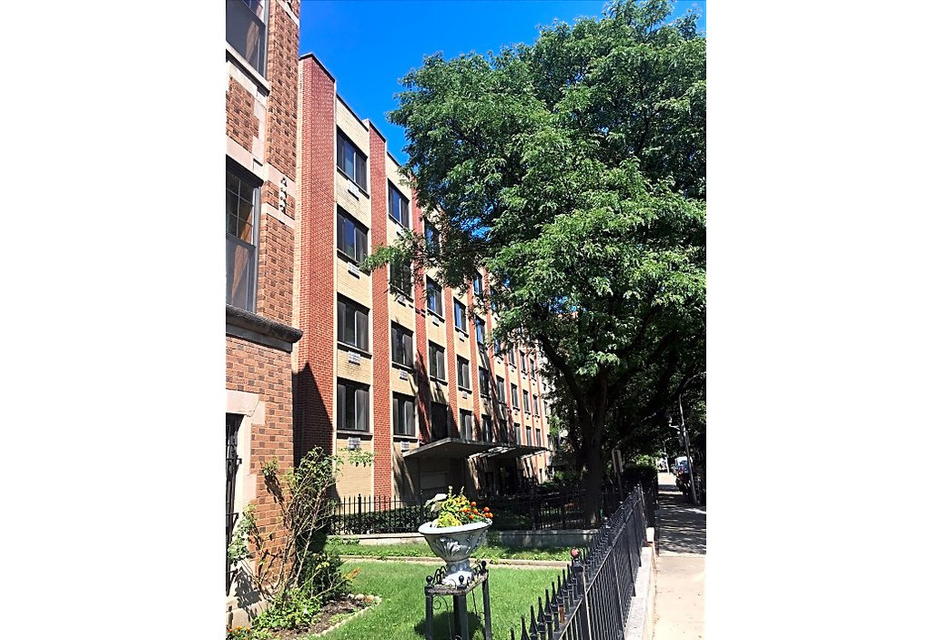 540 W Roscoe Street -572 Chicago, IL 60657