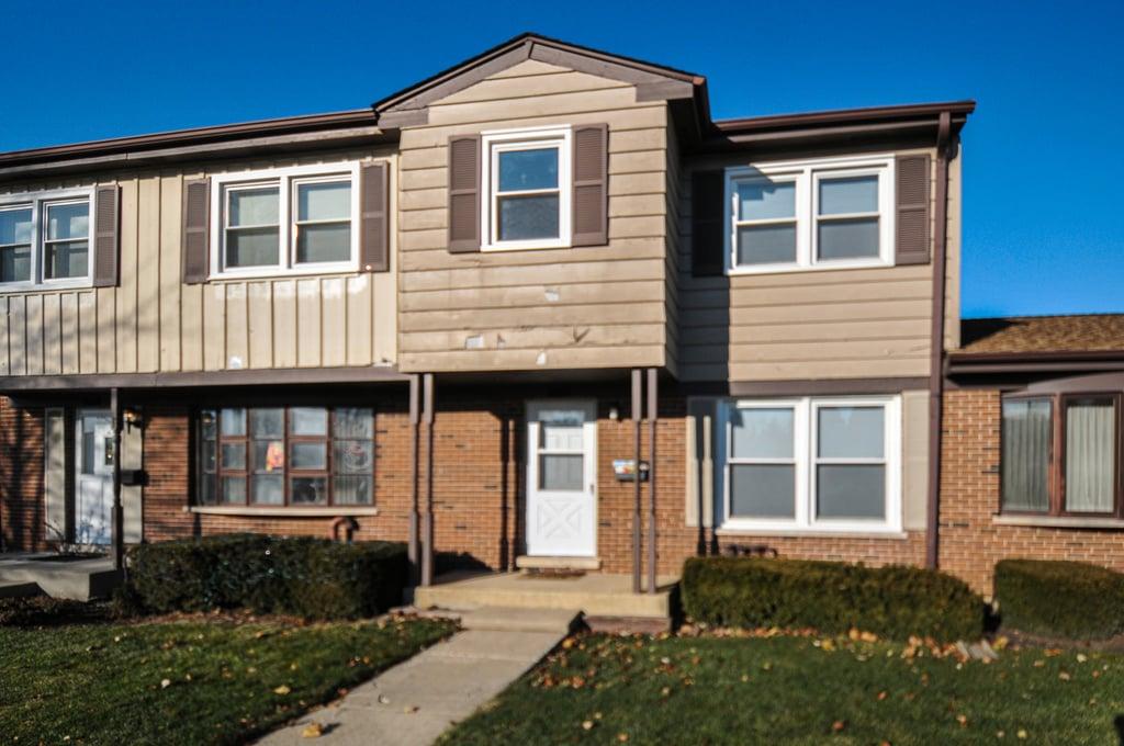 513 W Potter Street Wood Dale, IL 60191