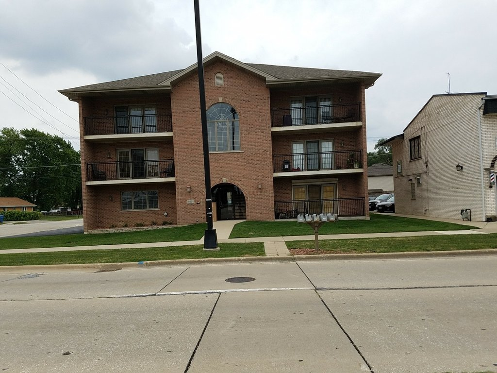 5901 W 87th Street -3W Oak Lawn, IL 60453