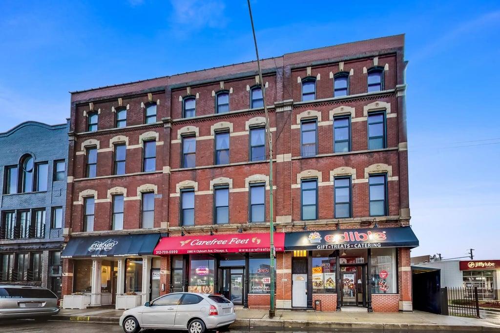 2362 N Clybourn Avenue -2F Chicago, IL 60614
