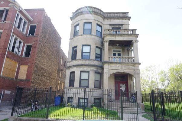 6226 S WOODLAWN Avenue -2 Chicago, IL 60637
