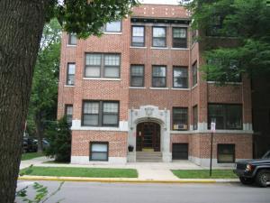 1447 W Albion Avenue -1E Chicago, IL 60626