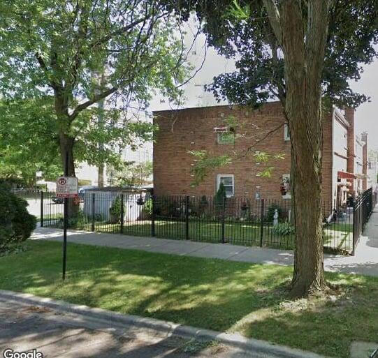 2201 W Rosemont Avenue Chicago, IL 60659