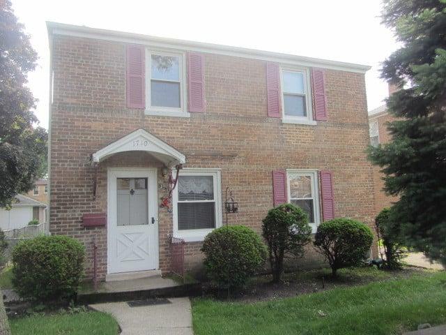 1710 N 73rd Court Elmwood Park, IL 60707