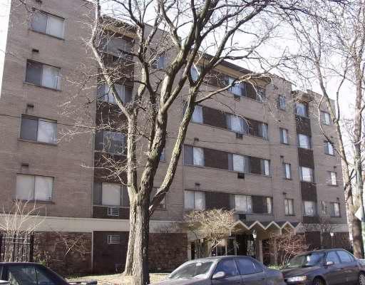 5450 N WINTHROP Avenue -210 Chicago, IL 60640