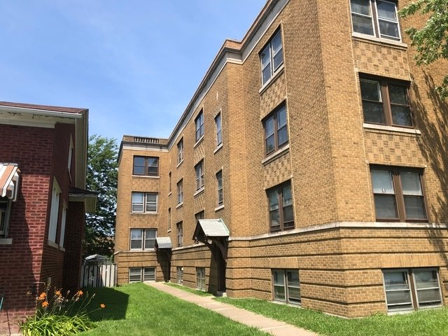144 157th Street Calumet City, IL 60409