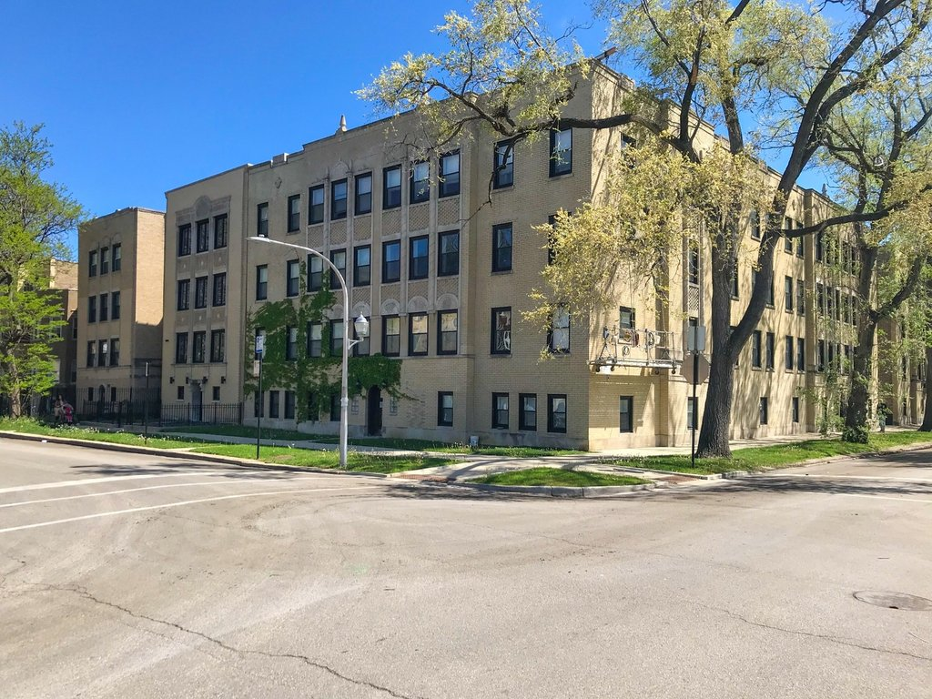 6101 N WASHTENAW Avenue -A3 Chicago, IL 60659