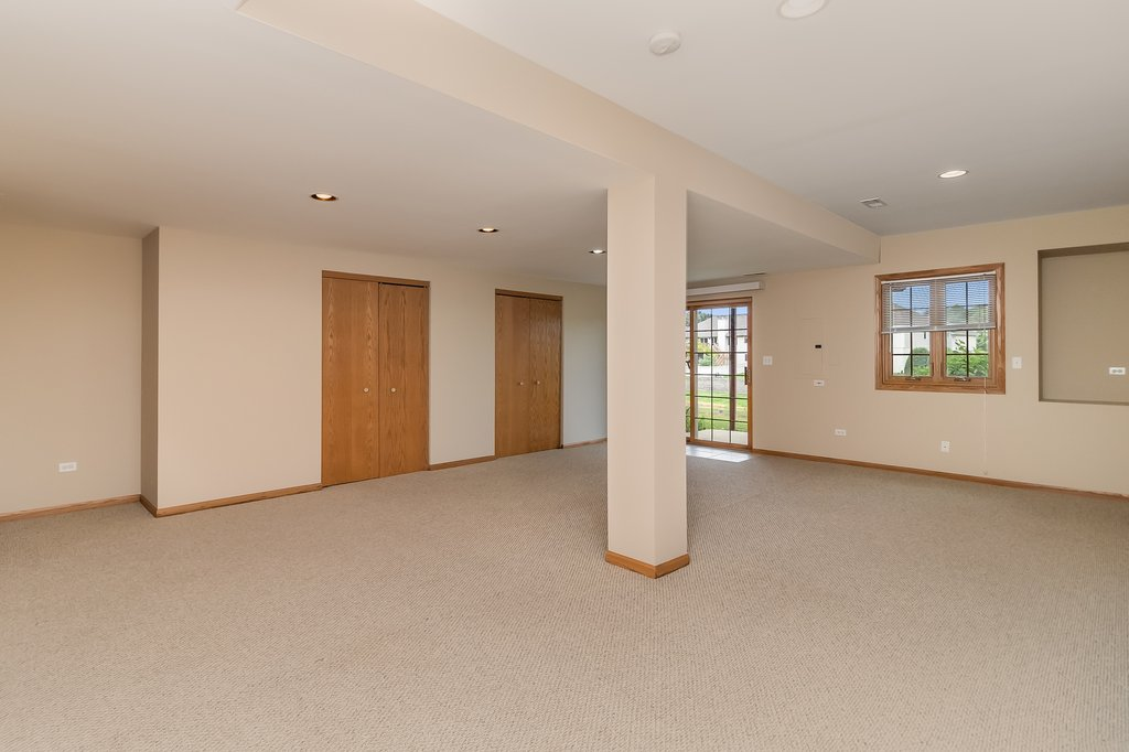 3241 LIGHTNING Court,New Lenox,IL-44523-16